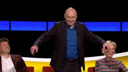Sven, Wouter en Rani wagen zich aan de floss-dans in 'De Slimste Mens': wie doet beter?