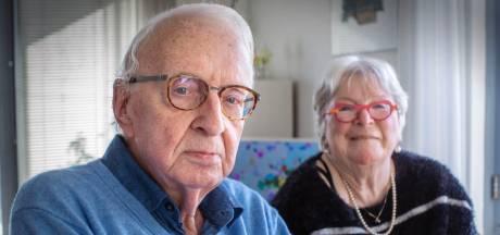 Wim (85) woest dat hij later prik krijgt dan medewerkers die niet aan bed staan: 'Straks krijg ik alsnóg Britse corona'