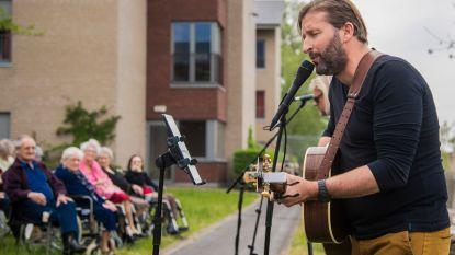 Muziek en dessert voor bewoners rusthuis Ter Meere