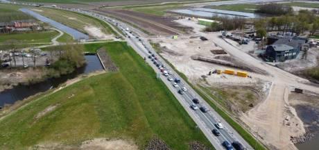 Verkeerschaos door wegwerkzaamheden in Flevoland: 'Gewoon nul beweging al drie kwartier lang'