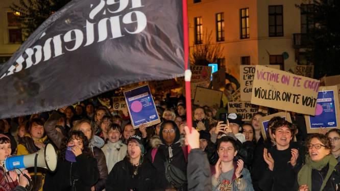 """Voor de tweede week op rij betoging tegen seksueel geweld in Elsene: """"We willen niet bang zijn, we willen gewoon vrijheid om te leven"""""""