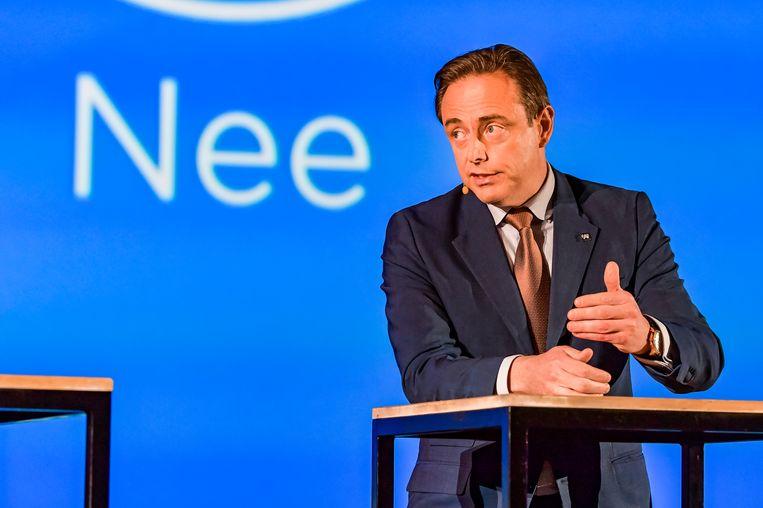 Bart De Wever laat het Kali-team, waarin zo'n 80 specialisten van politie en andere controlediensten samenwerken, doorlichten door de Universiteit Gent.