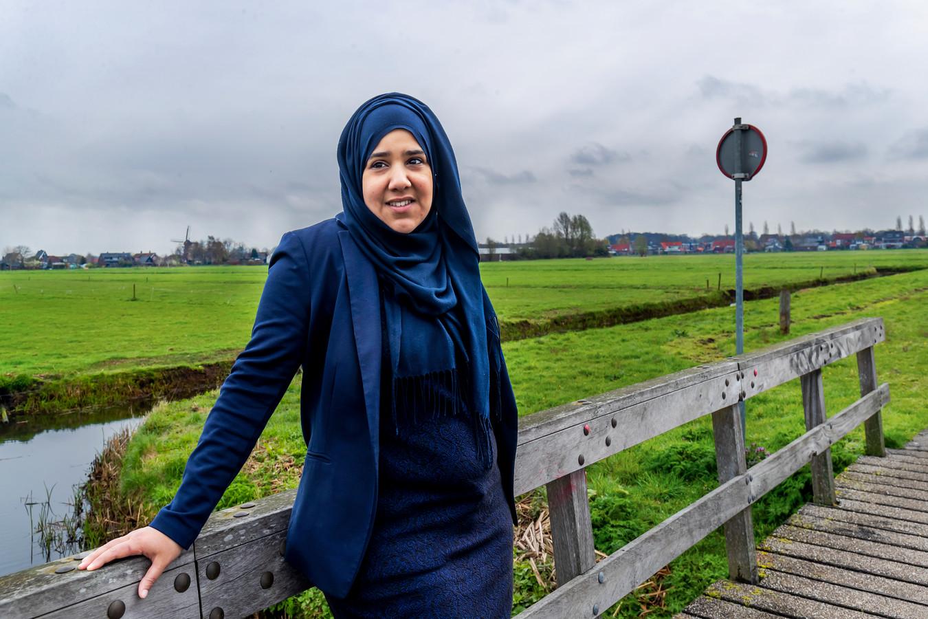 Nadoua Dahmane in de Ruigenhoekse Polder, waar ze graag wandelt.