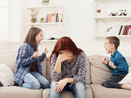 Le confinement se fait sentir: les tensions augmentent au sein des familles