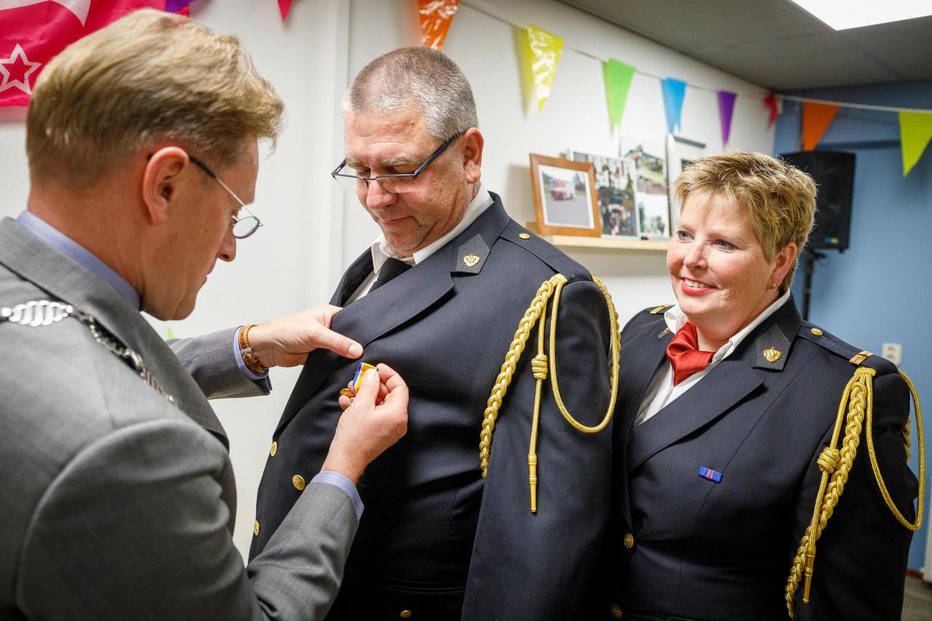 Koninklijke Onderscheiding voor brandweerman Hans Meijerink.