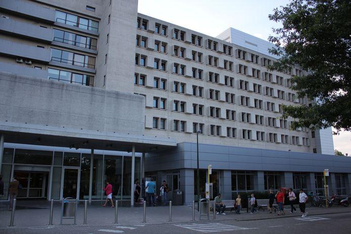 Het Algemeen Stedelijk Ziekenhuis in Aalst.