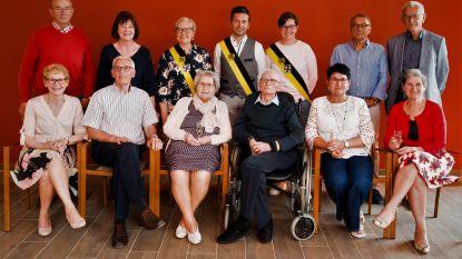 Oud-strijder en oudste inwoner van Kortemark Maurits Denolf blaast 102 kaarsjes uit