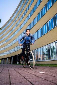 Maarten Tjallingi is als fietsburgemeester nog altijd de koning van de Posbank: 'Met 36,5 kilometer per uur was ik best snel'