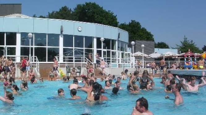 Zwembad Netepark is op zoek naar extra redders