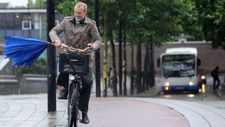 Het roekeloze image van fietsers in Amsterdam is nergens op gebaseerd. Beeld ANP