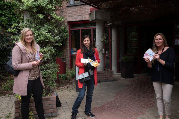Leo Club Wetteren schreef 500 persoonlijke kaartjes aan de bewoners van de woonzorgcentra in Wetteren.