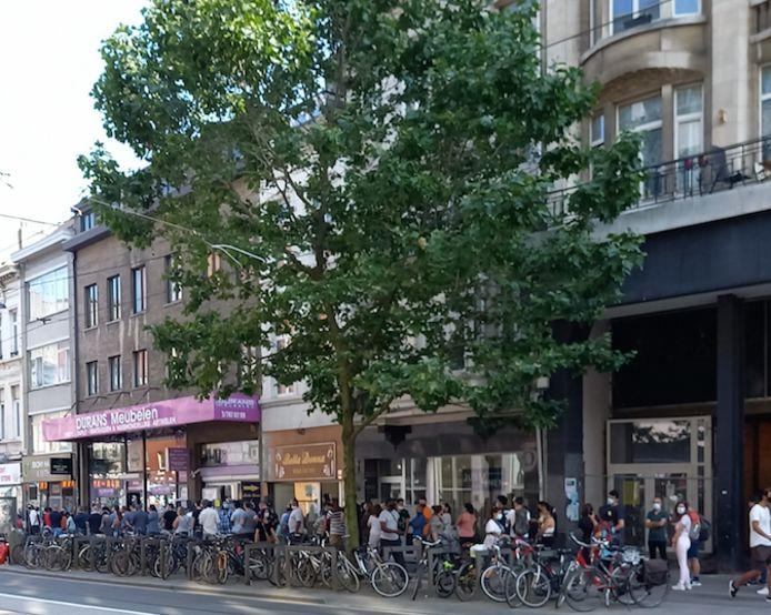 Het vaccinatiepunt in de Carnotstraat, waar vorige week heel wat mensen werden geprikt.