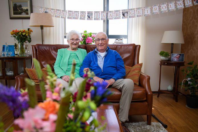 Het paar Hammer-Pollmann is 60 jaar getrouwd.