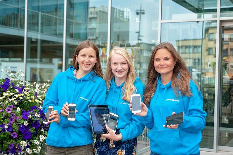 Jobstudenten Manon Bossart, Sophie Van Laeken en Zoë Coppens.