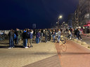 Vrijdagavond troepten opnieuw een paar honderd jongeren samen.