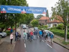 Bewoners Verlengde Maanderweg Ede laten zich horen: 'Welkom Fietsstraat'