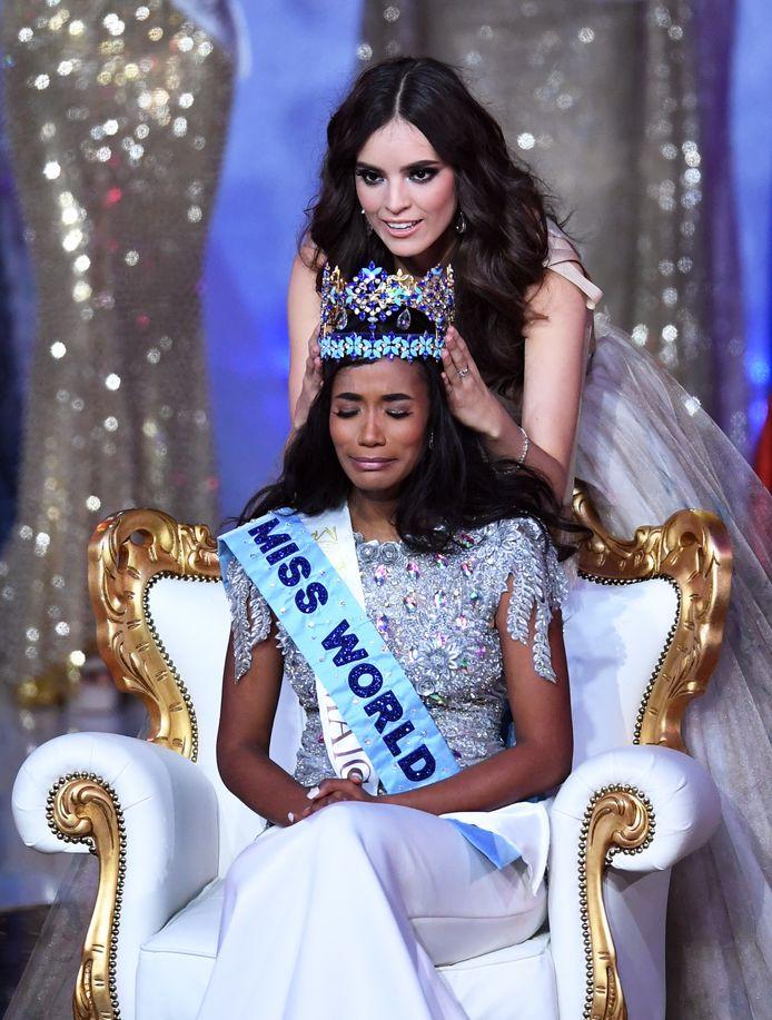 Vanessa Ponce de Leon, Miss Monde 2018, l'a couronnée à Londres