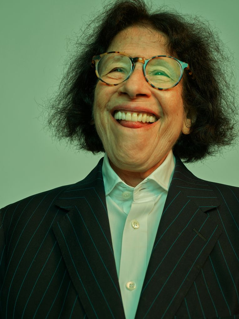 Fran Lebowitz vraagt ons haar columns uit de jaren 70 en 80 als 'kunstgeschiedenis in wording' te zien . Beeld Bart Heynen