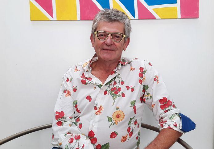 Joost Hysselinckx zetelde als gemeenteraadslid van het Vlaams Blok in 2000, werd uit de partij gezet en begint nu met een nieuwe afdeling van Vlaams Belang.