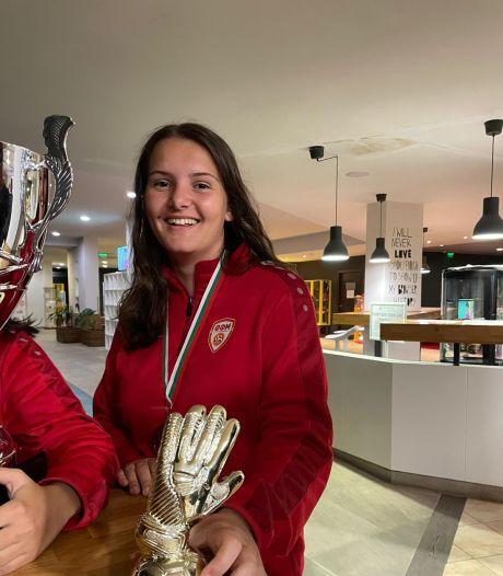 FC Bergh-keepster Berna Kabakci wint prijs tijdens debuut voor Noord-Macedonië