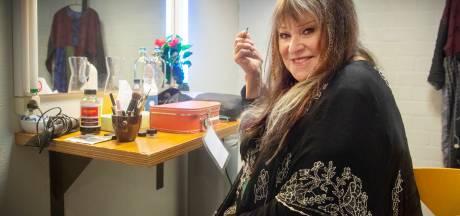 Concert Melanie in Markant Uden: First Lady of Woodstock van zangeres naar entertainer