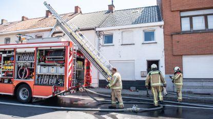 Bredestaat in Ronse afgesloten voor blussen van brand achter woning