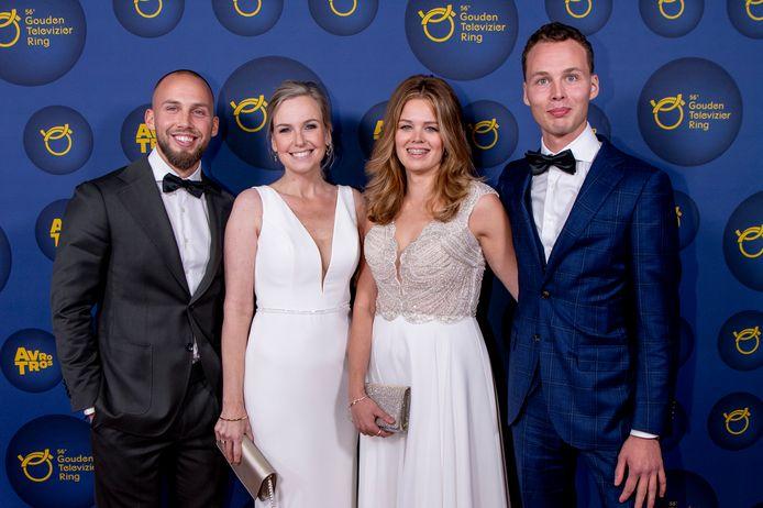 Jessica Villerius (tweede van links) met Ruinerwold-kinderen Edino, Mar-Jan en Israël.