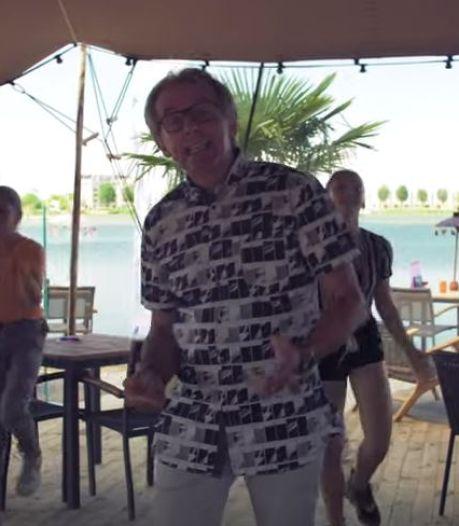 'Seizoensgebonden' Putse zanger brengt nieuwe single uit: 'In zomer zat ik kerstlied te schrijven'