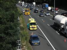 Ongeluk bij knooppunt Waterberg; file op A12 en A50 bij Arnhem
