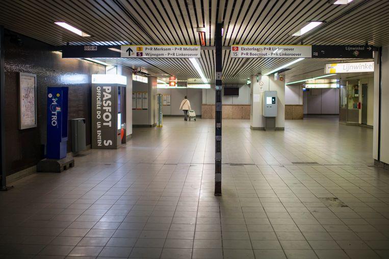 Premetrostation Groenplaats is verlaten.