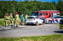 Frontale botsing bij Schokland, beide bestuurders moesten door de brandweer uit hun voertuig worden bevrijd.