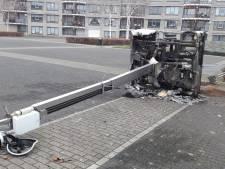 Bredanaars gewond door ontploffend vuurwerk, politie zet ME in tijdens Oud en Nieuw