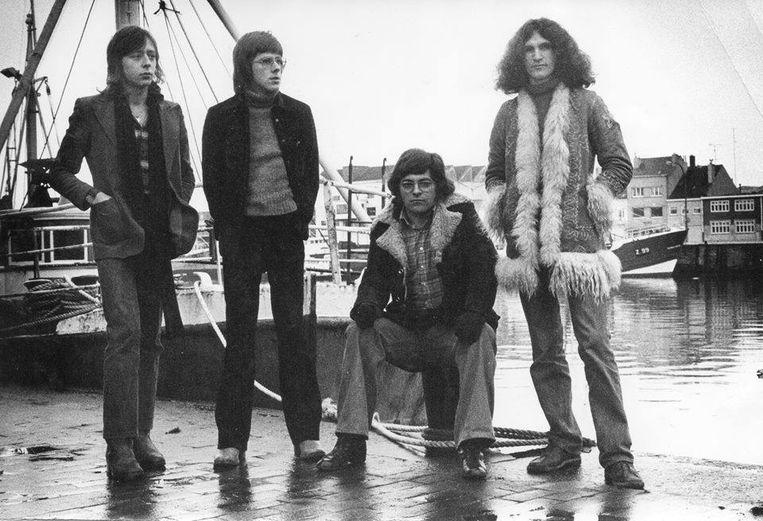 De band  Pluto in 1976,  met rechts drummer Noël Steen.  Beeld Archief