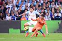 Kevin Strootman met Marseille in actie tegen Olympique Lyon.