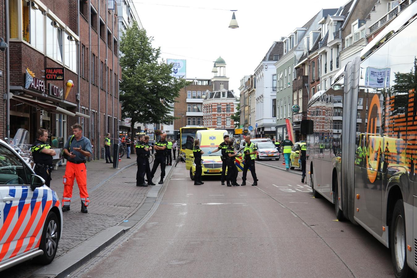 Eind juni raakte een fietsster gewond bij botsing met een stadsbus ter hoogte van het Janskerkhof.