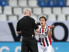 Dubbel balen voor Willem II-aanvoerder Peters: 'Achteraf had hij beter direct rood kunnen geven'