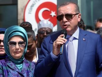 Erdogan zet Turkse vrouwen aan minstens drie kinderen te hebben