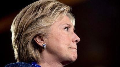 """""""Dit is groter dan Watergate"""": alles wat je moet weten over de e-mails van Hillary Clinton"""