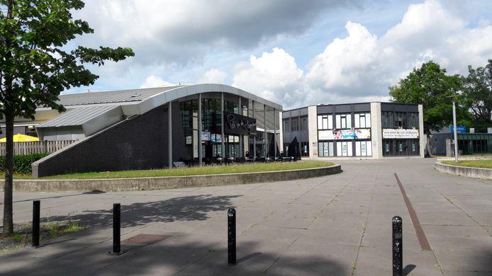 Bij zwembad De Tongelreep in Genneper Parken in Eindhoven zou het 'kloppend hart' van het gebied, met informatie, kunnen komen.
