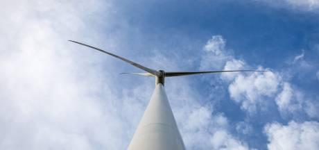 Irritatie in Langerak over brieven om mee te doen  aan zonneveld én windpark