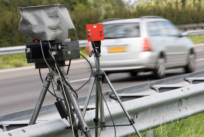Een snelheidscontrole op de A4 bij Leidschendam.