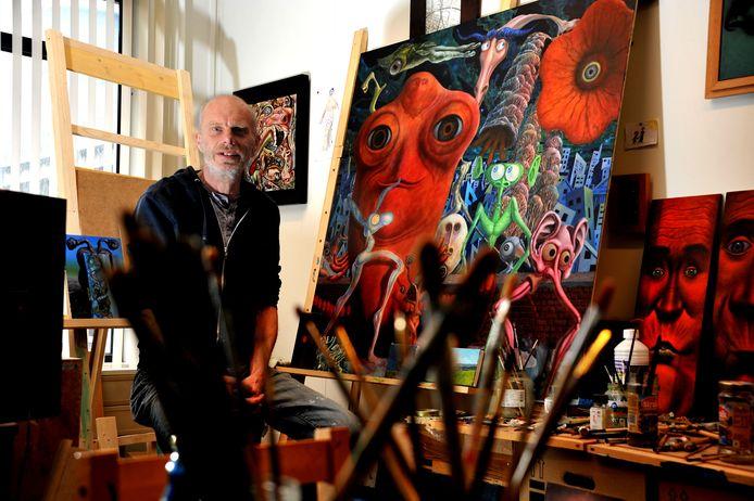 Kunstenaar en 'bewoner' van DOOR Ton Haring is positief over de aanstaande verhuizing.