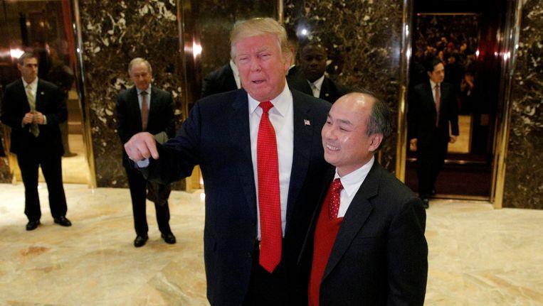 Trump en Softbank-directeur Masayoshi Son Beeld reuters