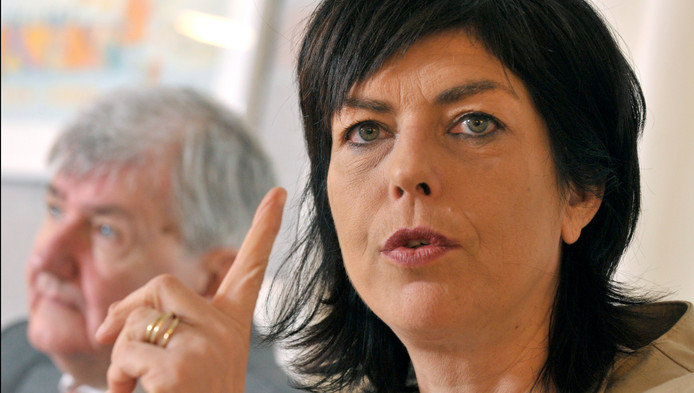 La présidente du cdH n'a pas apprécié les sorties de Jean-Jacques Viseur (à gauche) et de Jacques Etienne. Elle l'a fait savoir par sms.