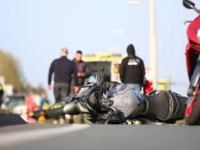 Botsing tussen motorrijders op Westlandroute: 27-jarige man overlijdt