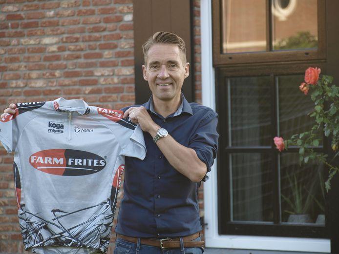 Jurgen de Jong reed in 2000 drie maanden als stagiair bij Farm Frites.