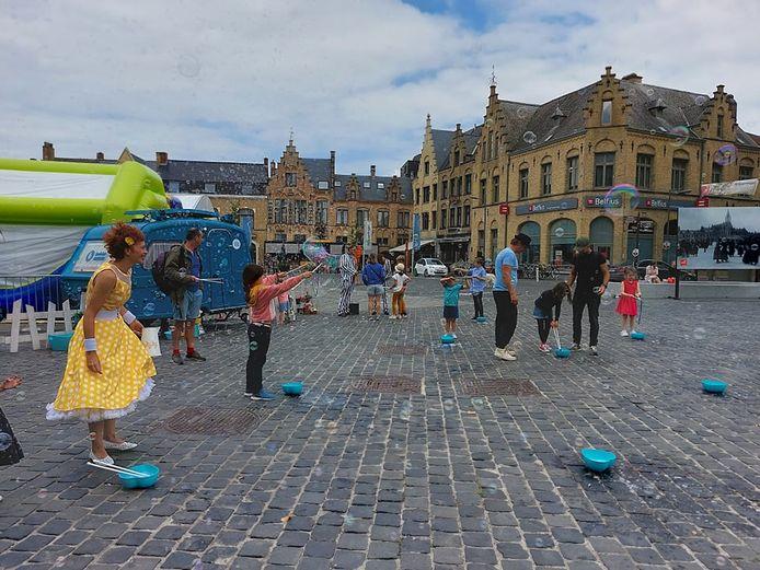 De allereerste editie van 'het Verwenweekend' stond dit weekend op het programma in Poperinge. Op zaterdag werden de kinderen getrakteerd op een kidsnamiddag.
