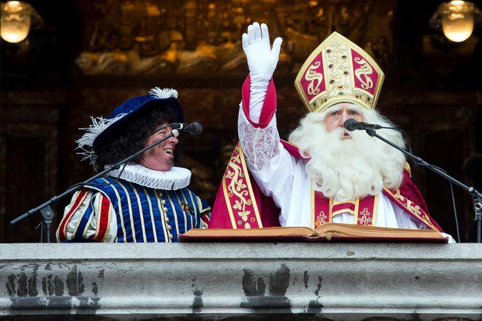 De Sint werkt in veel steden al jarenlang met roetpieten.