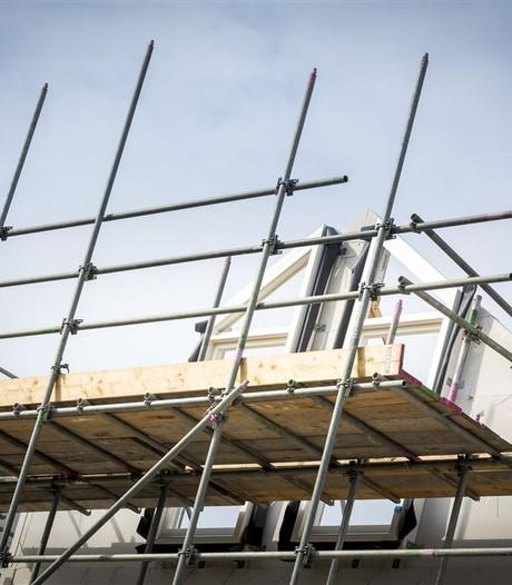 Hardenberg maakt excuses voor 'te snel' schrappen van 500 woningen