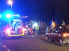 Fietsers gewond naar ziekenhuis na botsing in Ottersum